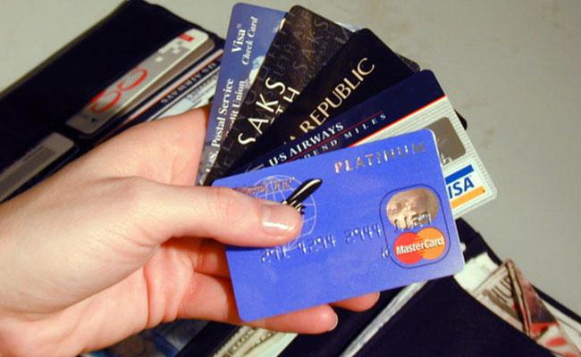 Как выбрать кредитную карту, приносящую прибыль?